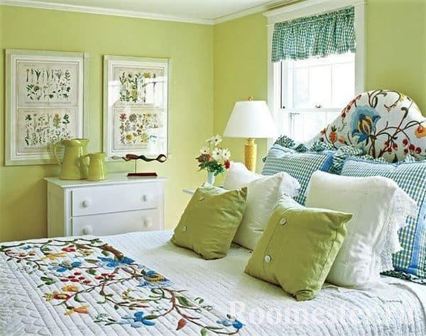 Фисташковый цвет в спальне