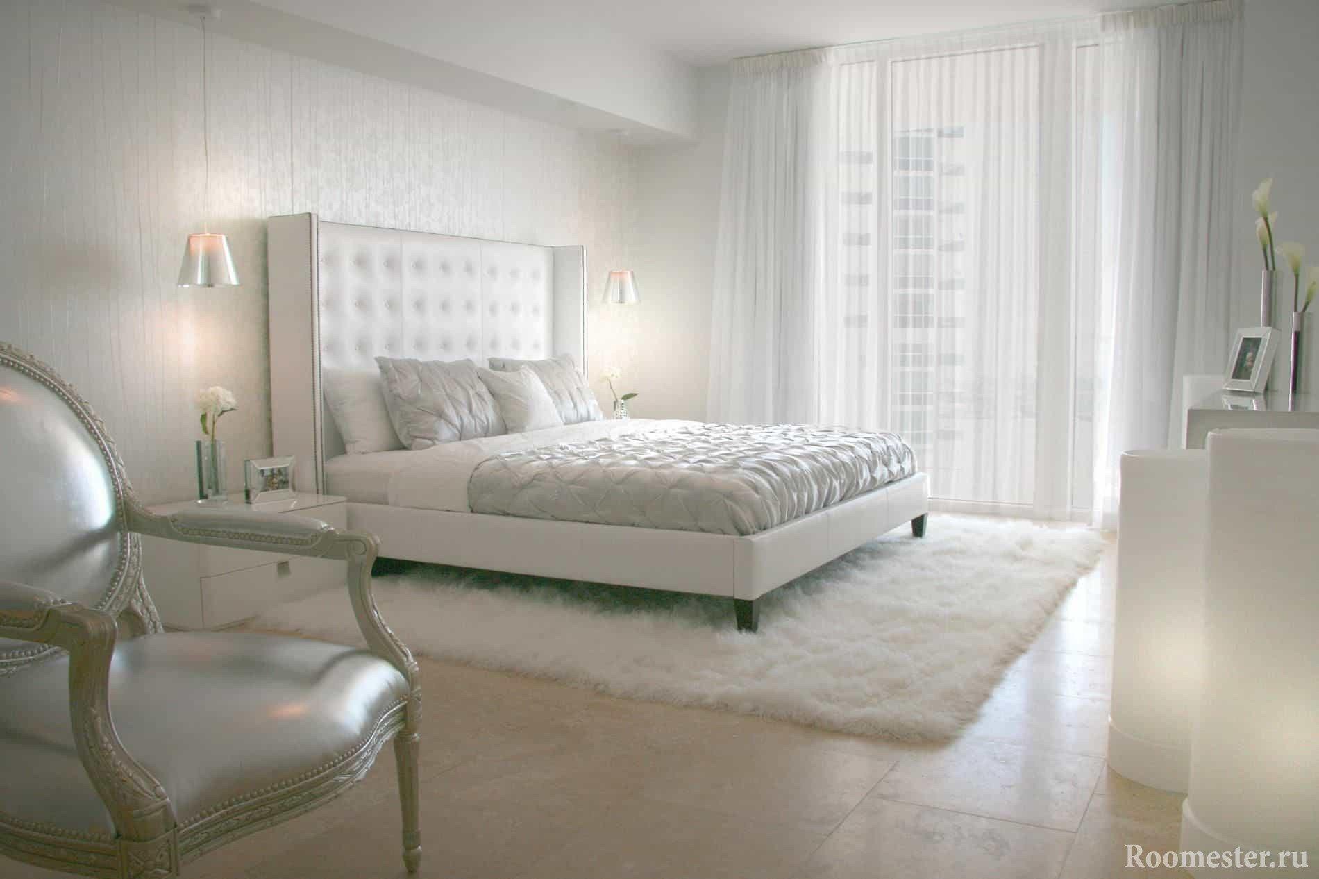 Мебель и фурнитура в одном стиле для классической спальни