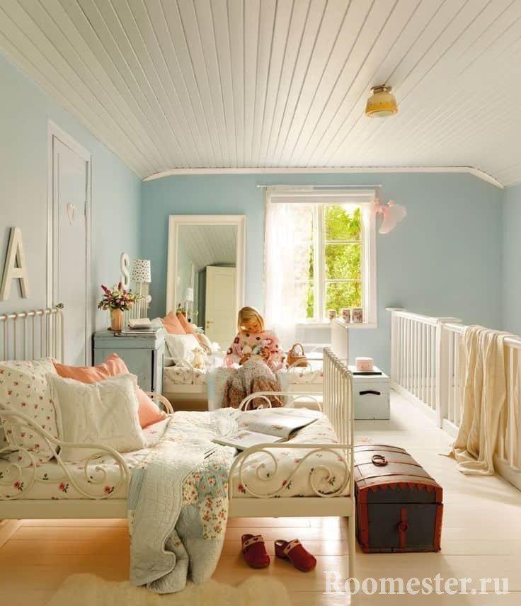 Дизайн детской комнаты в простом стиле