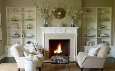 Интерьер гостиной с камином в доме — интересные решения и фото