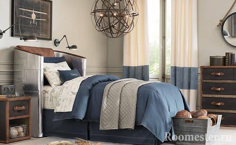 Оригинальная кровать для мальчика в спальне