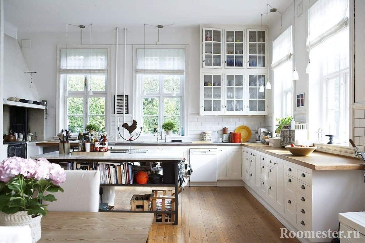 Деревянный пол в кухне скандинавского стиля