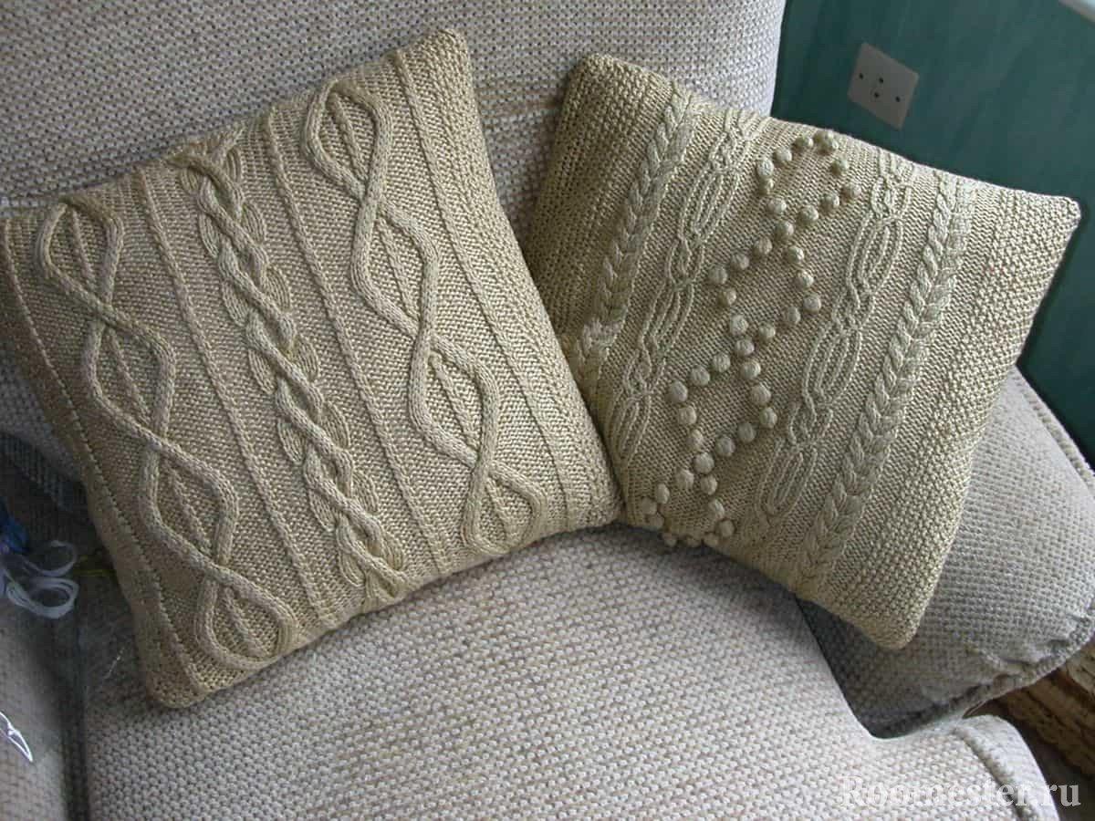 Вязанные декоративные подушки