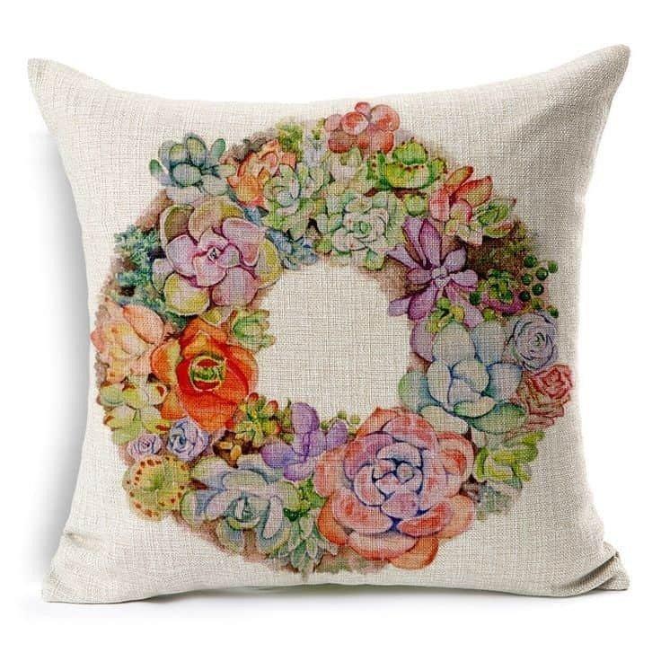 Декоративная подушка с ручной росписью