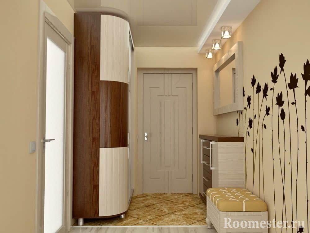 Entrance hall of 10 sq. M with a large closet.