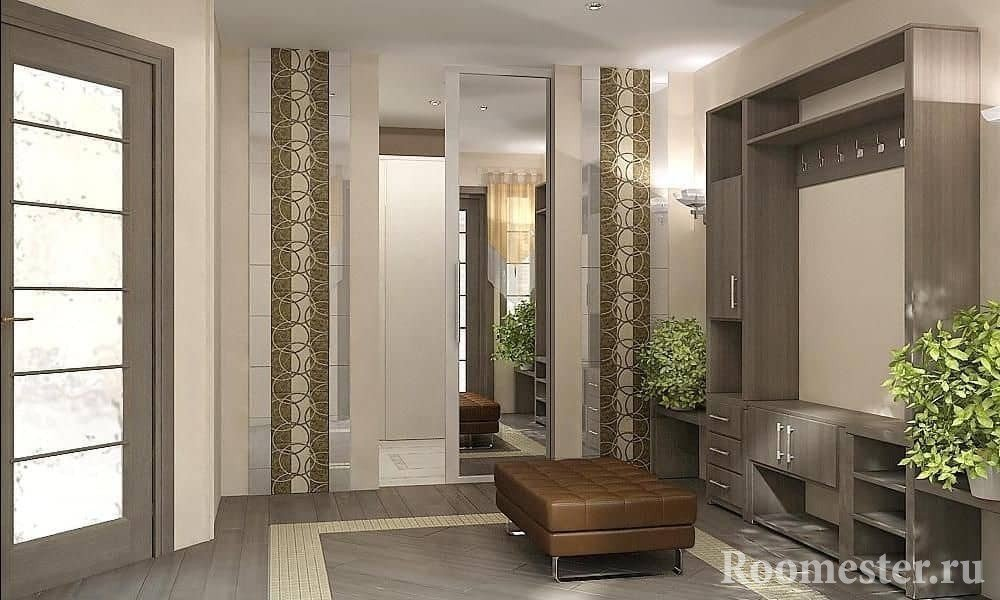 Combining materials in the decoration of the walls in the hallway