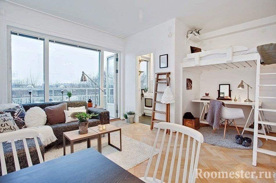Квартира-студия с балконом