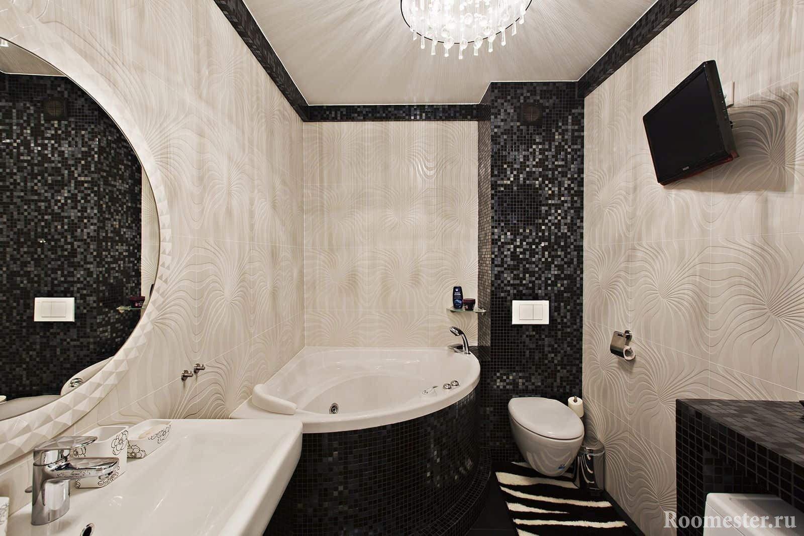 Ванная комната с телевизором
