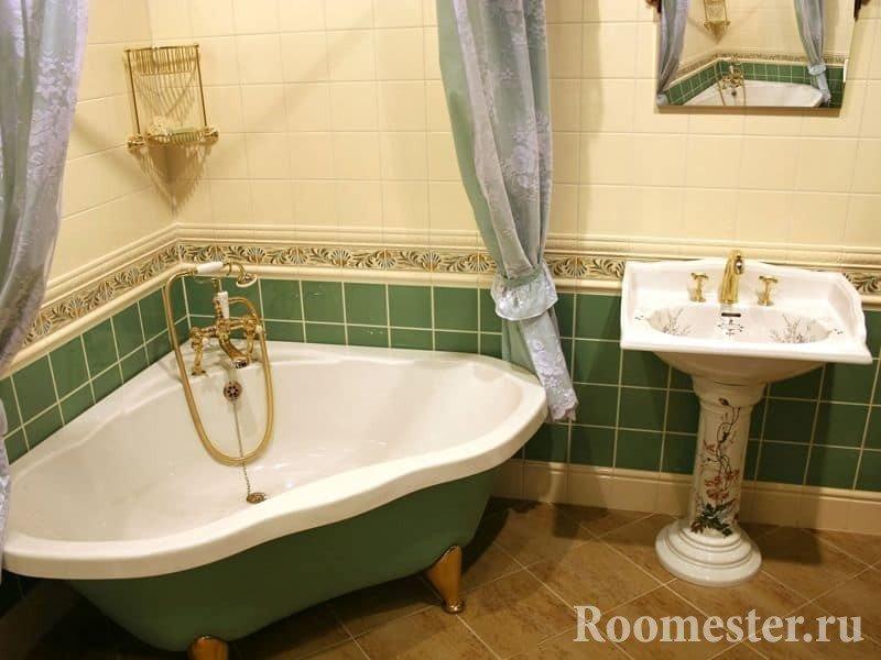 Угловая ванна на ножках