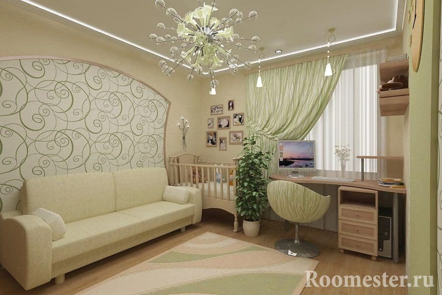 Гостиная и детская кроватка в одной комнате