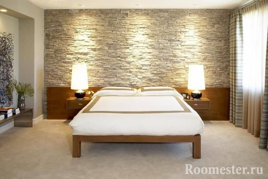 Каменная стена в спальне скандинавского стиля