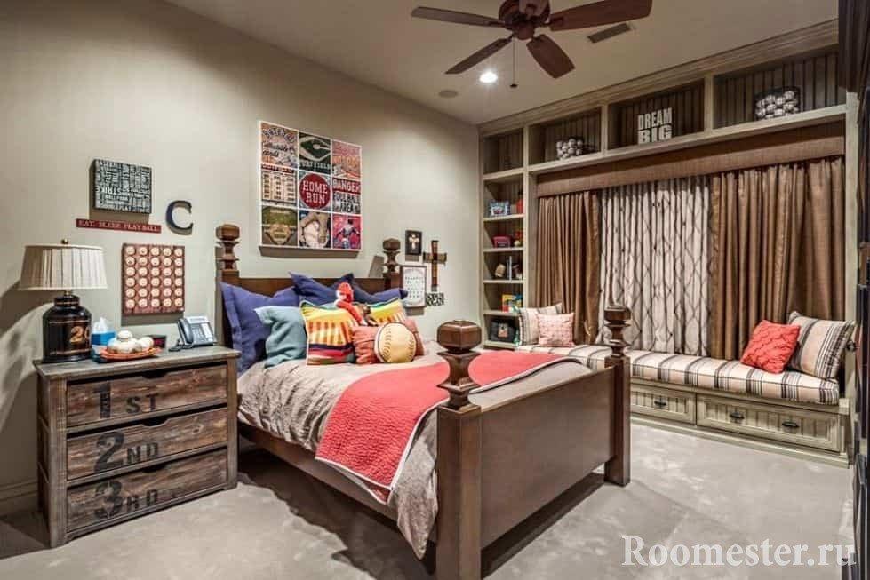 Уютная спальня с деревянной кроватью и тумбой в стиле гранж