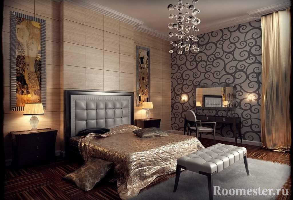 Спальня с деревянными панелями на стене