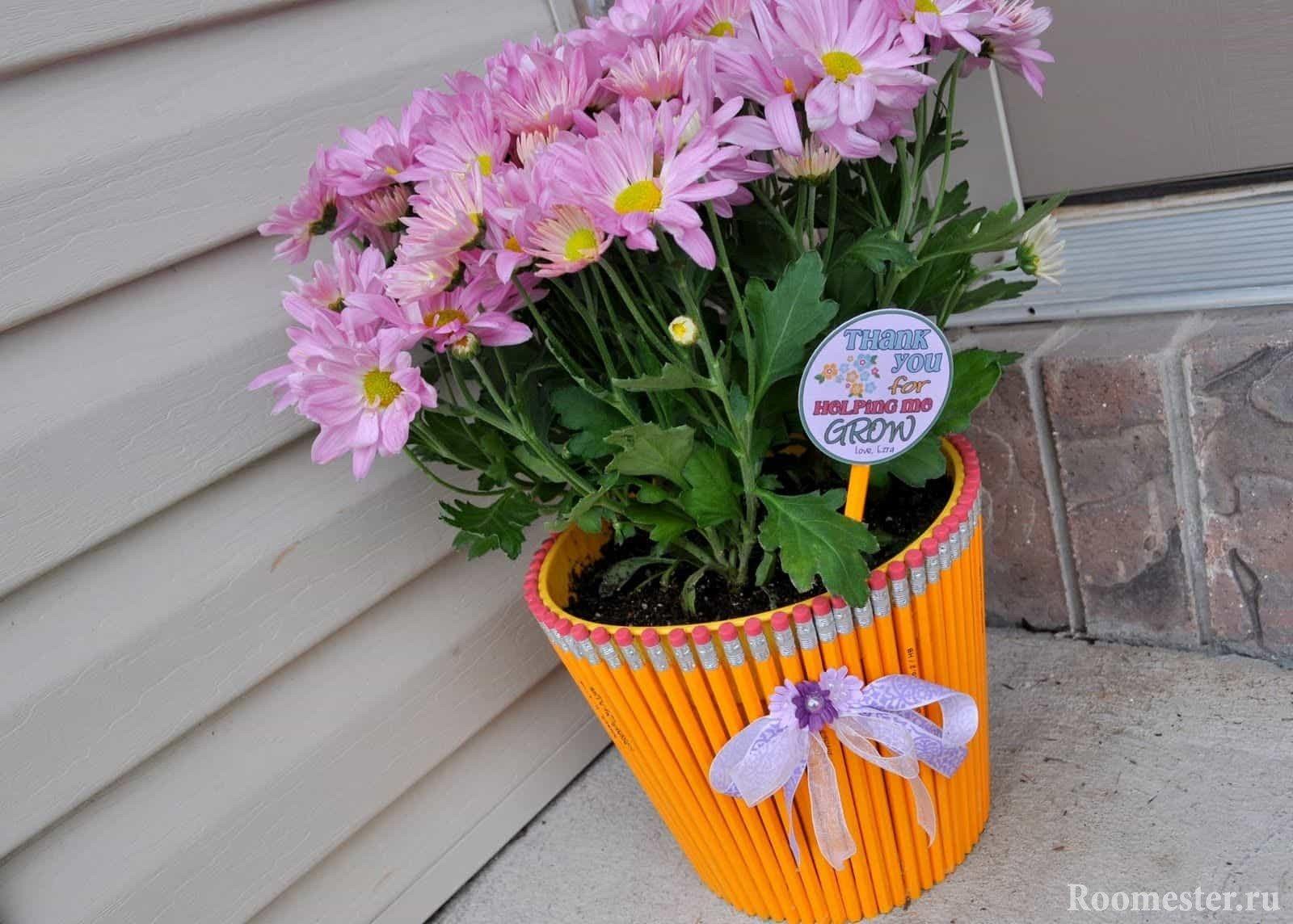 Как украсить цветочный горшок своими руками фото 353