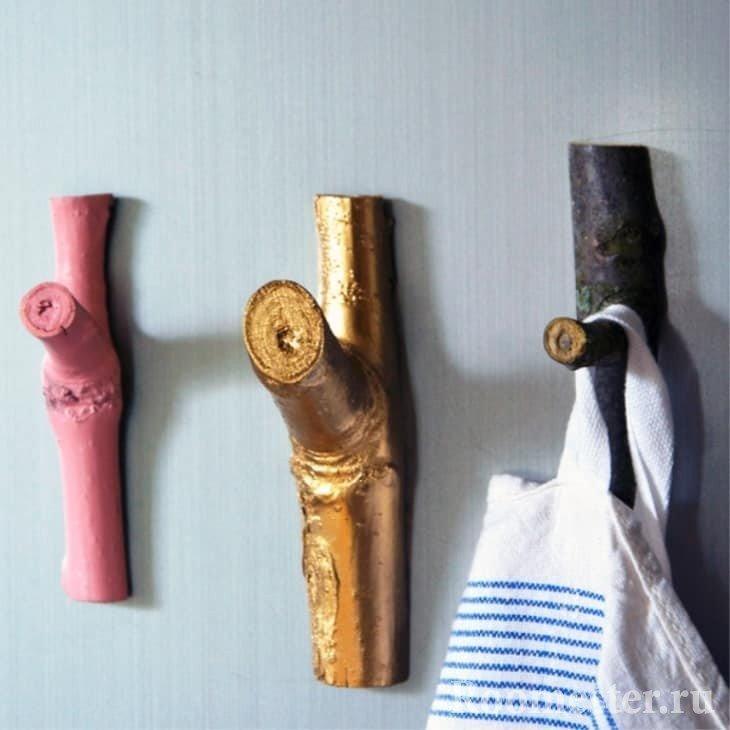 Вешалки для полотенец из веток