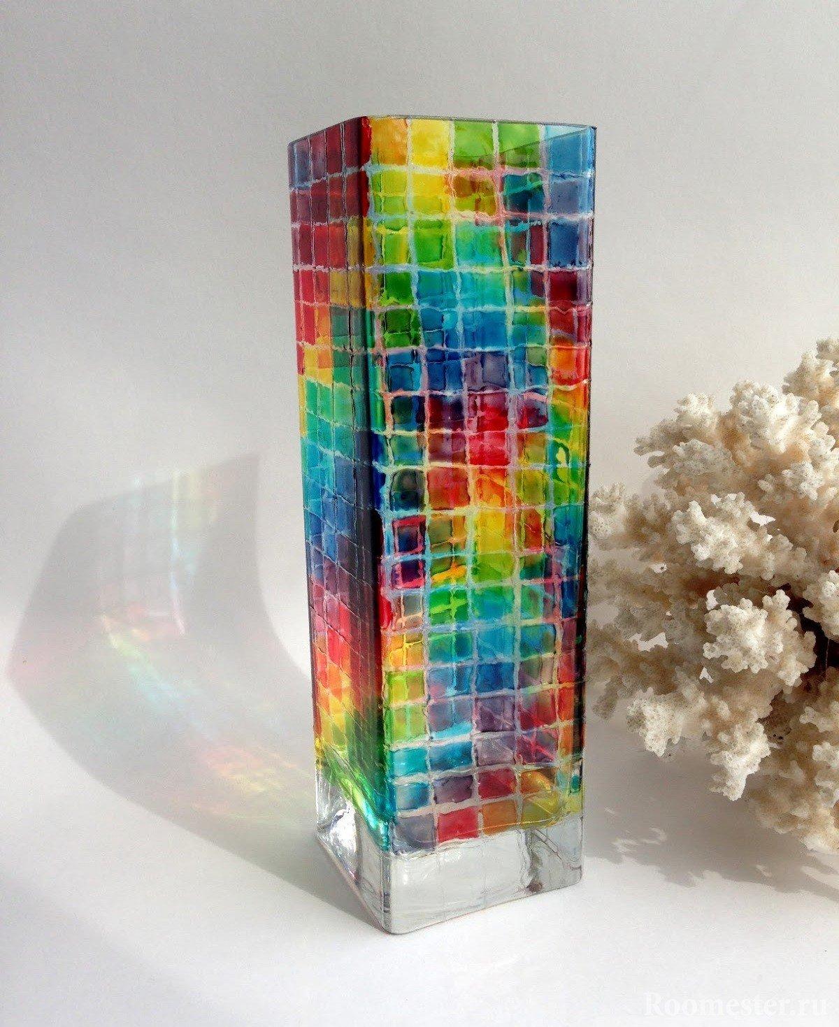 dekor-vazy-svoimi-rukami-20 Как сделать вазу из банки своими руками: 6 способов и 50 фото