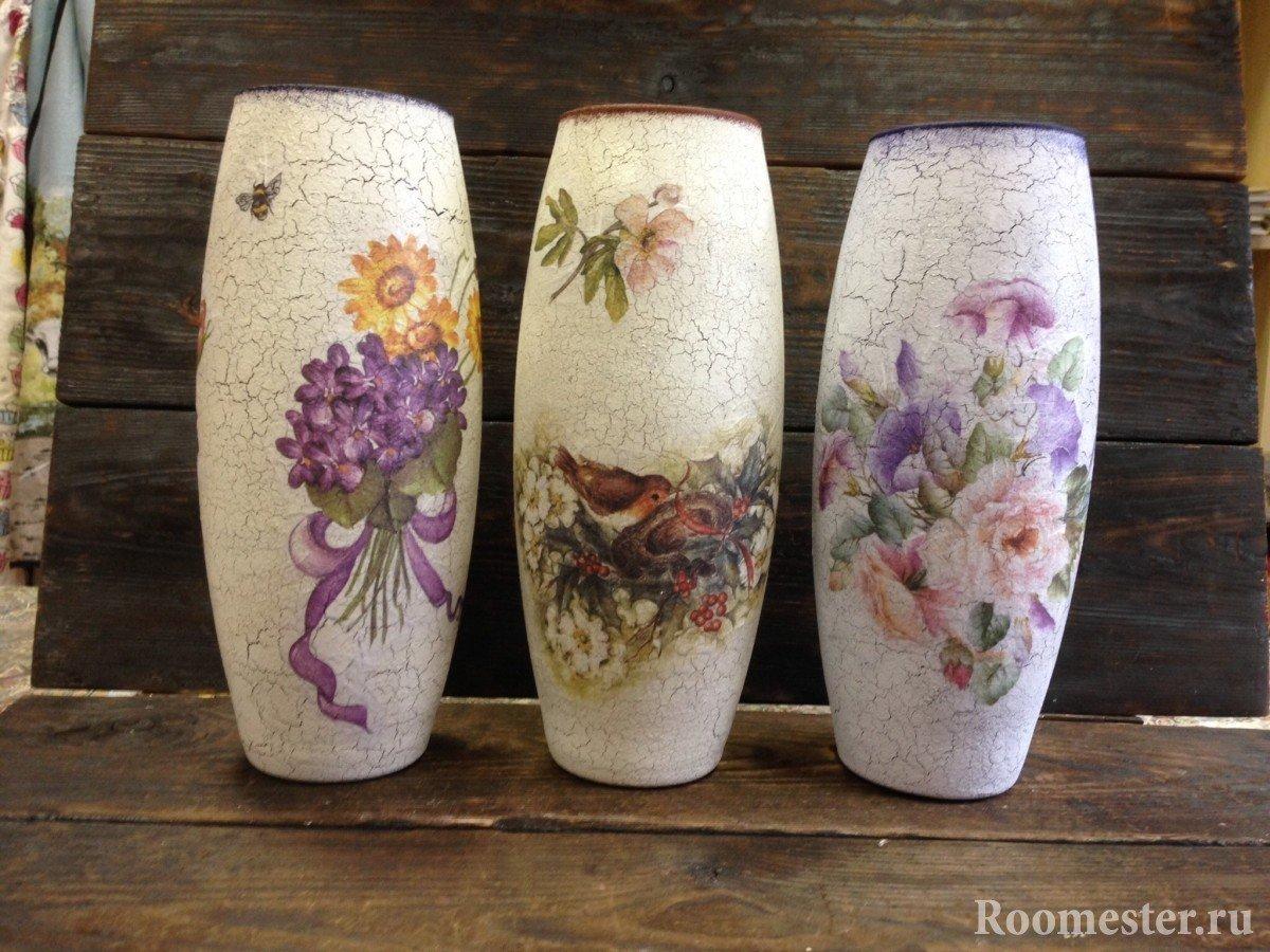 Цветочные мотивы на вазе