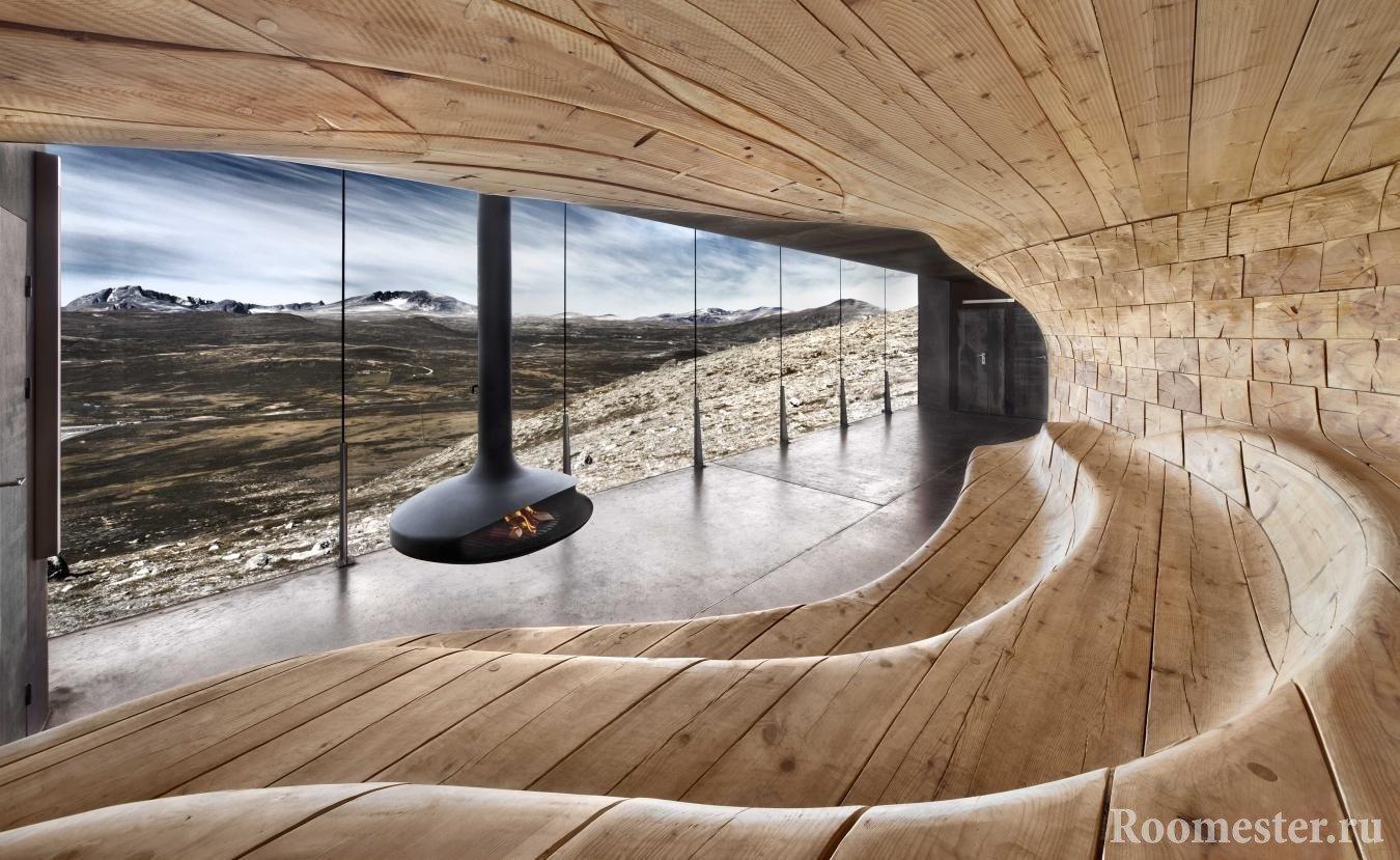 Деревянная комната с камином