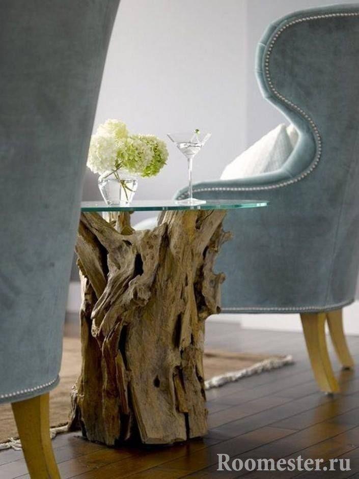 Журнальный столик из коряги и стекла
