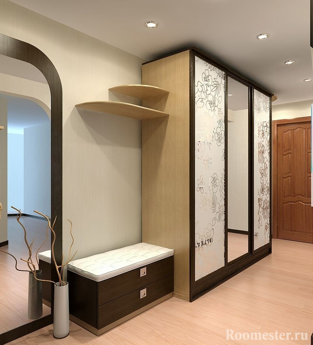 Шкаф с 3 дверями
