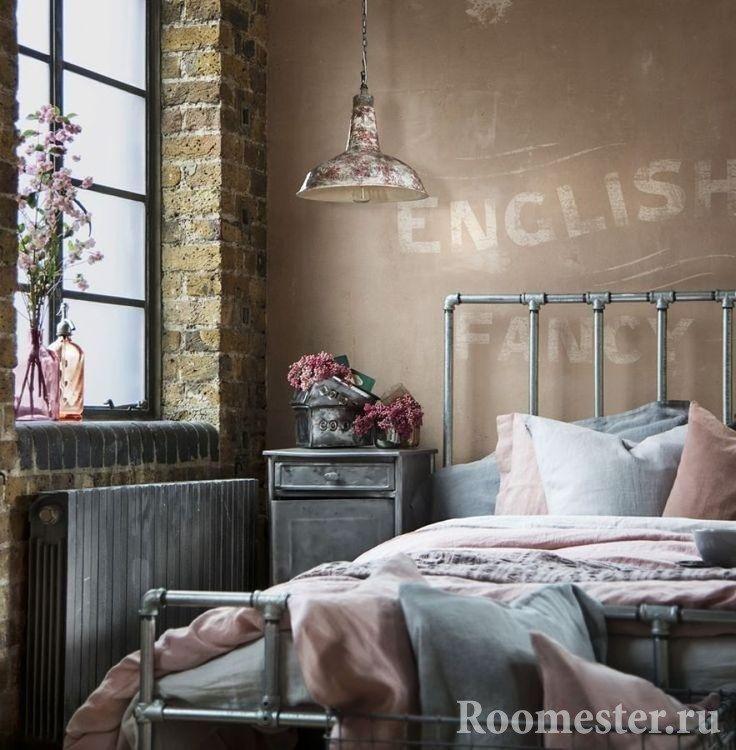 Спальня лофт с цветами