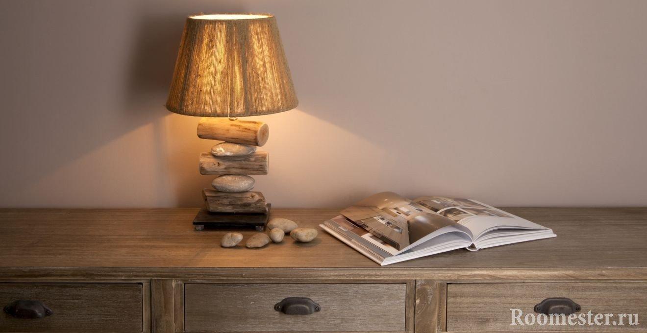 Pebble and wood lamp