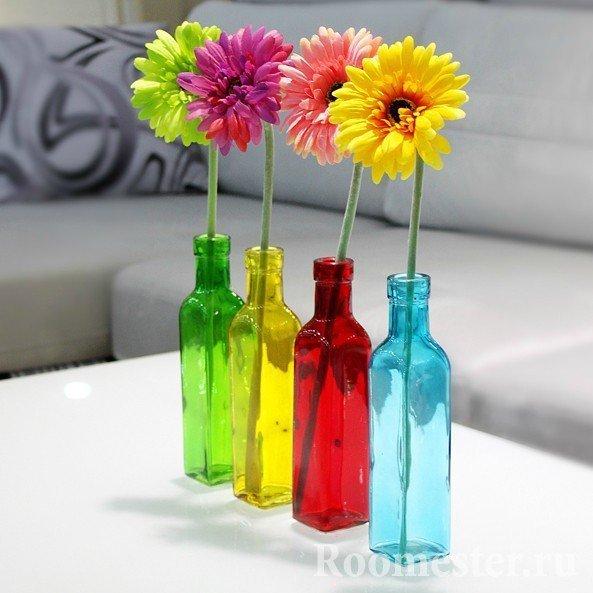 Бутылочки под цветы из цветного стекла