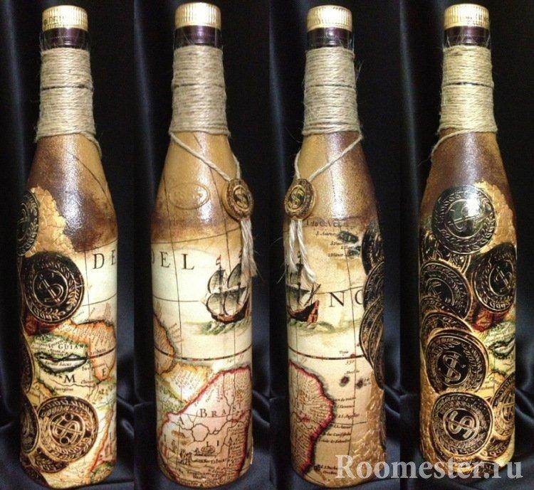 Старинная карта на бутылке