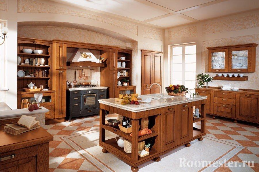 Интерьер классической кухни с мойкой по центру