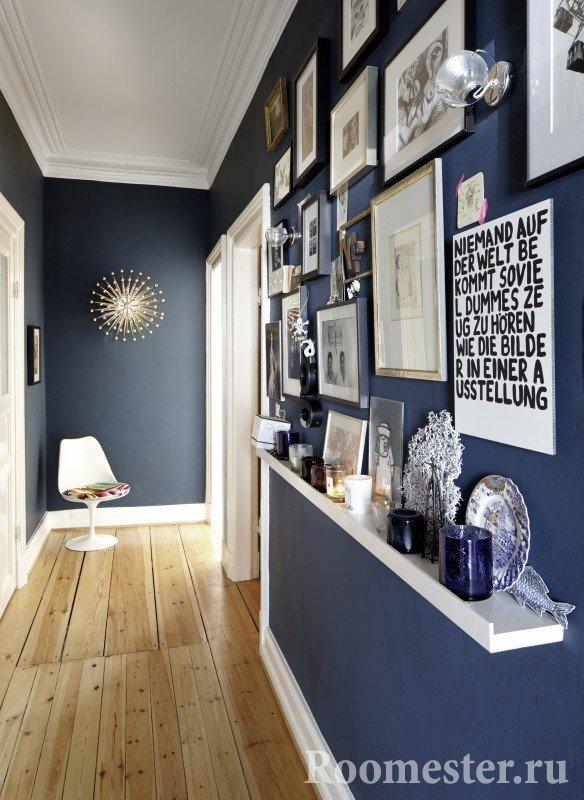 Декор коридора с помощью фотографий и картин