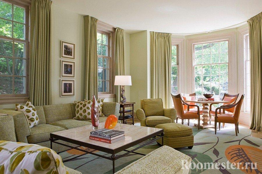 Оливковые оттенки в гостиной комнате