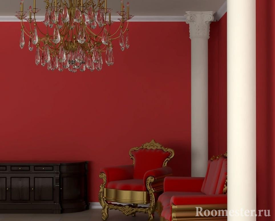 Колонны в углах комнаты