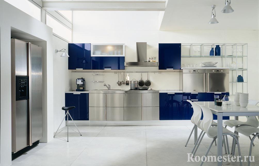Стальной цвет и синий