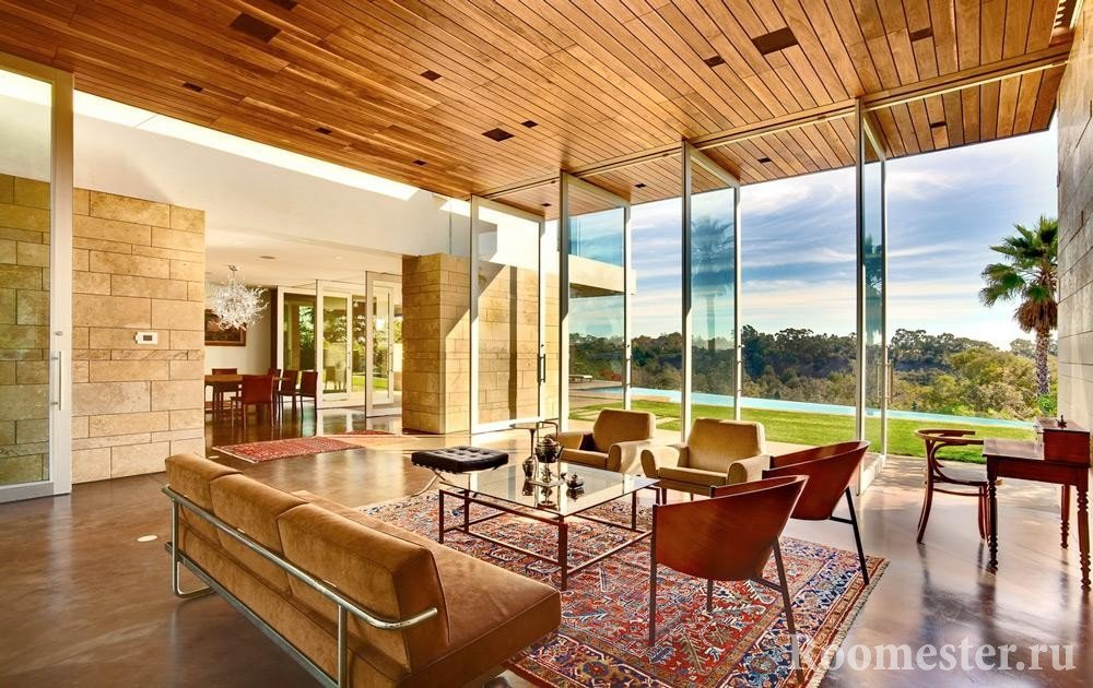 Panoramic windows in the living room