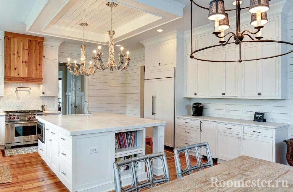 Large kitchen with an island