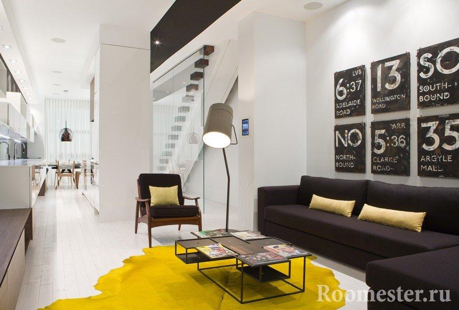 Яркий желтый ковер-клякса придадут дизайну комнаты радости