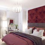 Бардовая стена в интерьере спальни