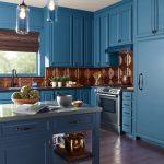 Кухонная мебель в синем цвете