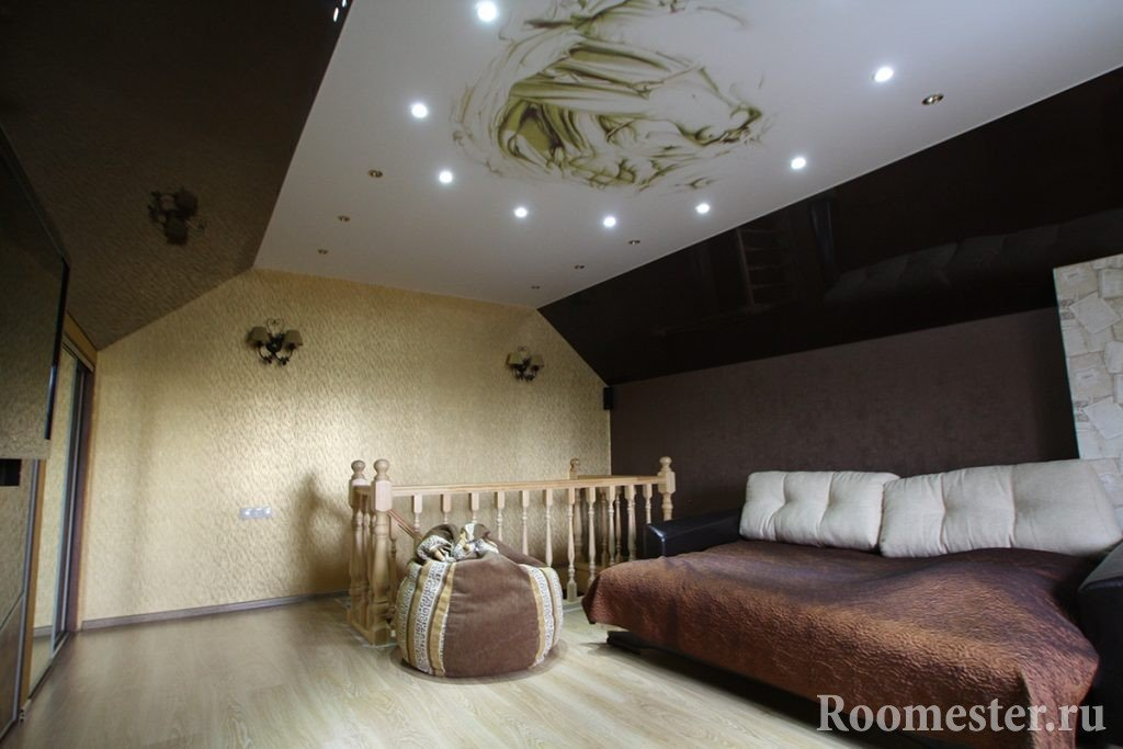 Декупаж потолка в спальне