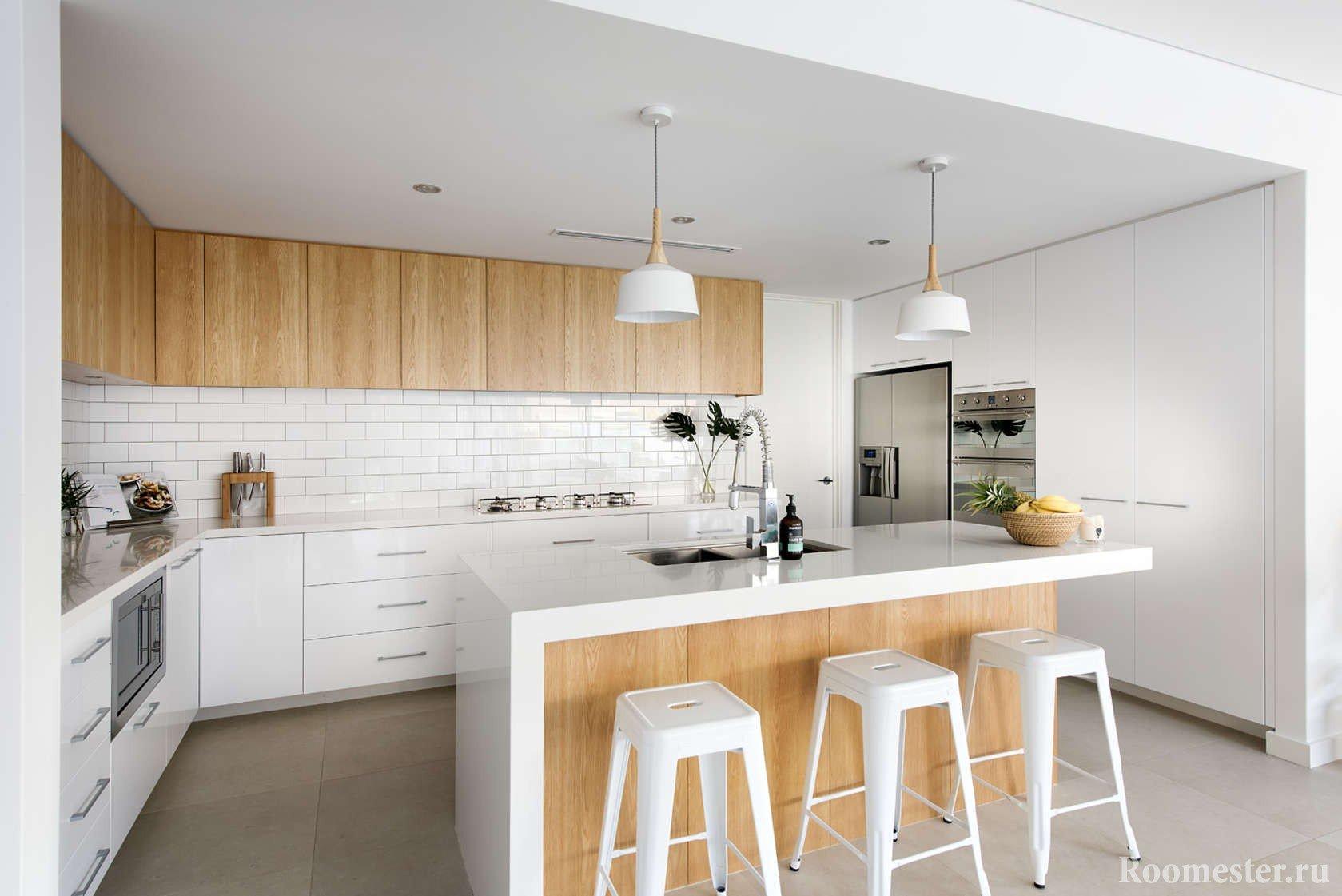 Шкаф на кухне по одной стене