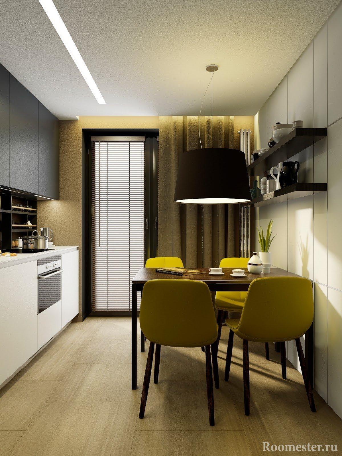 Кухня с балконной дверью