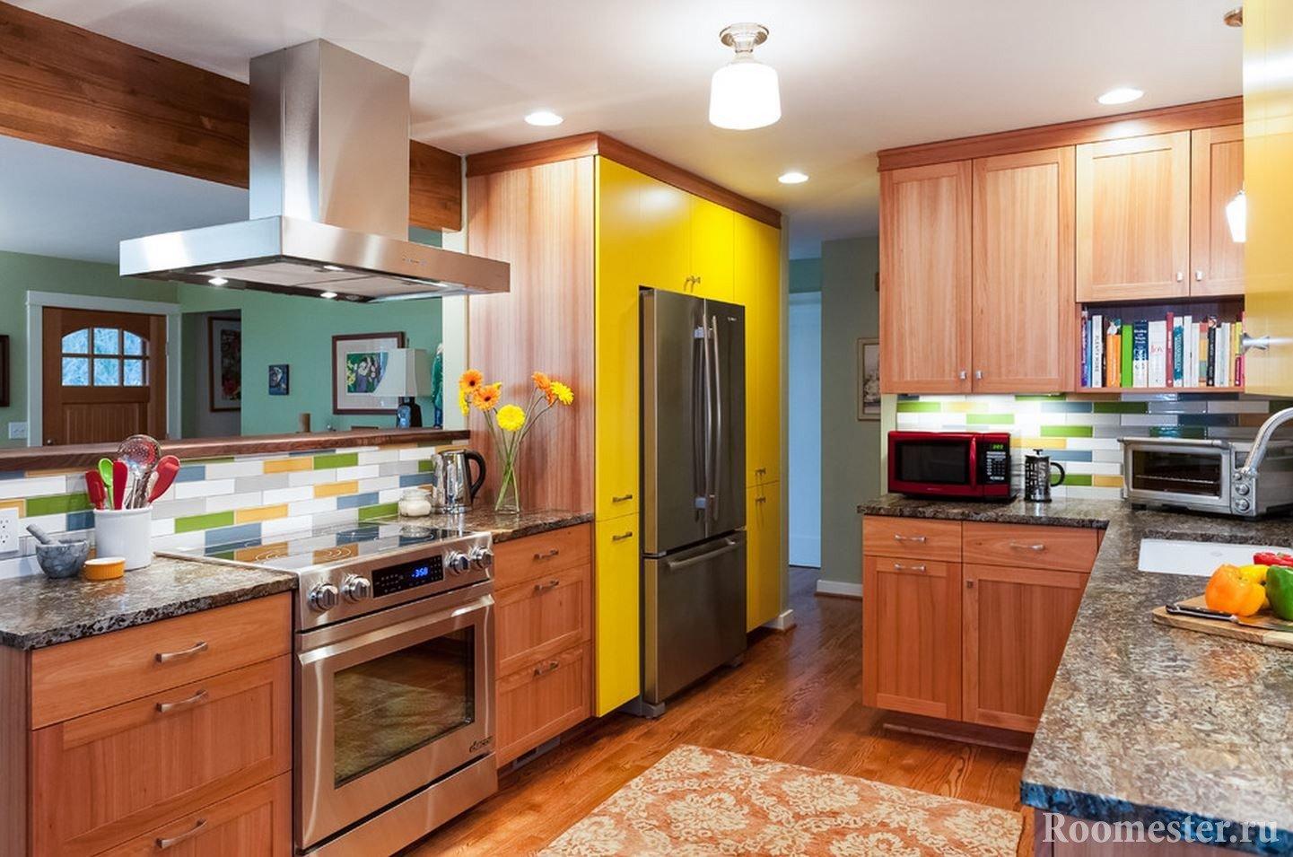 Встраиваем холодильник в кухонную мебель