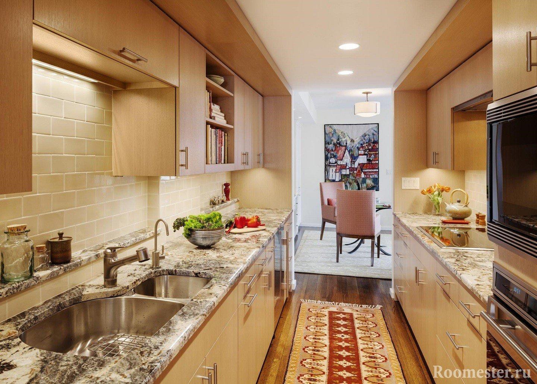 Бежевая кухня по 2 стенам
