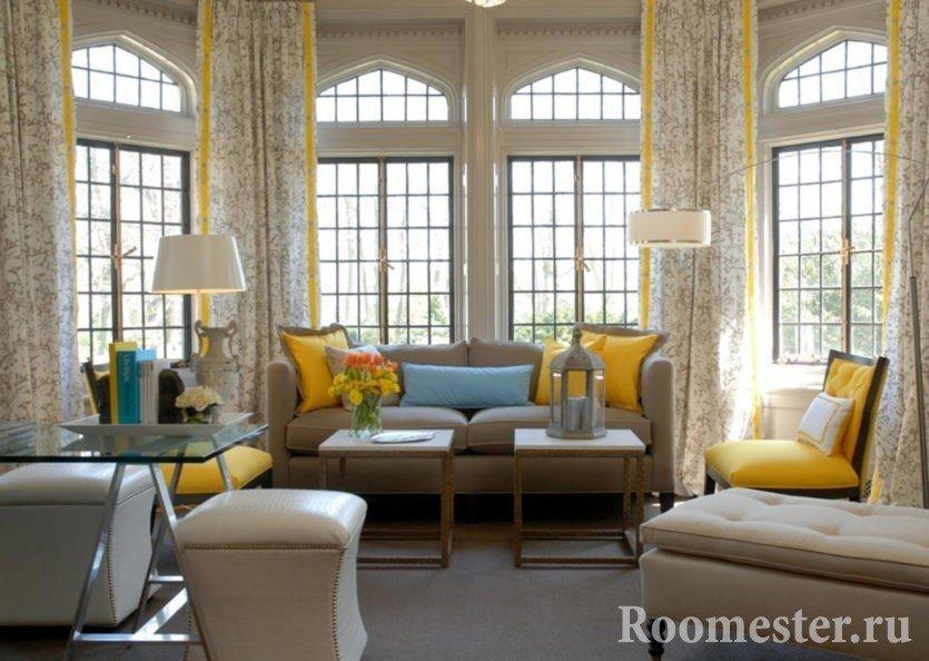 Желтые шторы в гостиной