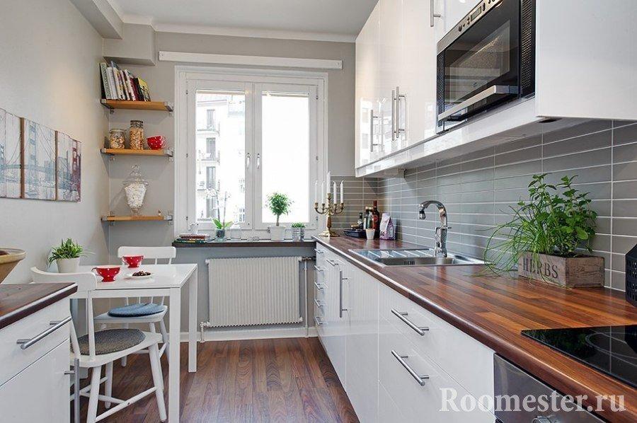 Вытянутая прямоугольная кухня
