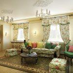 Сочетание мебели и штор