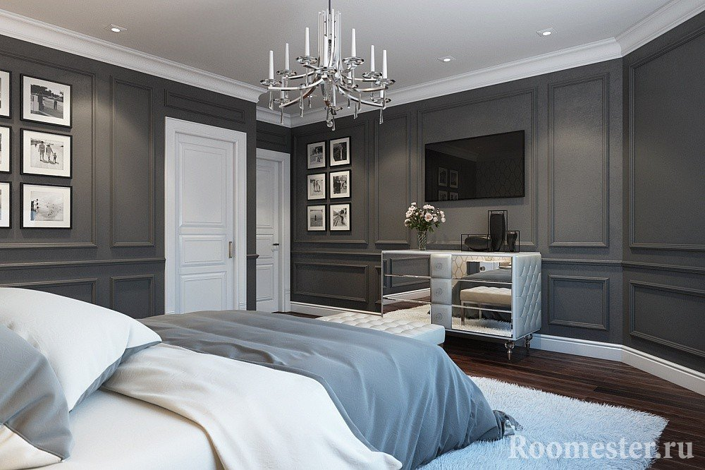 Painted moldings in the bedroom with gray walls