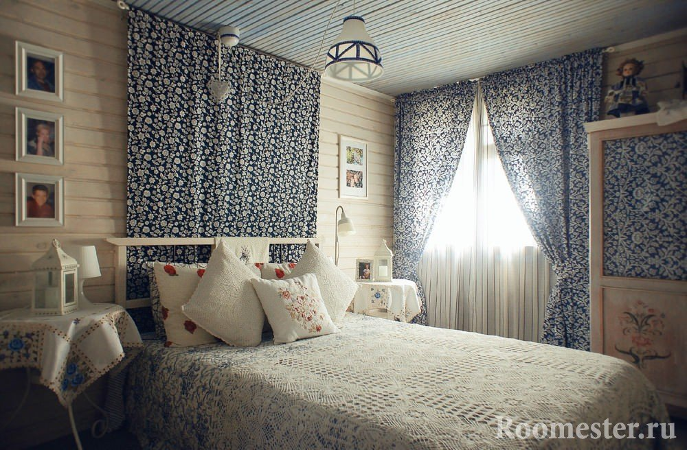 Textile bedroom decoration