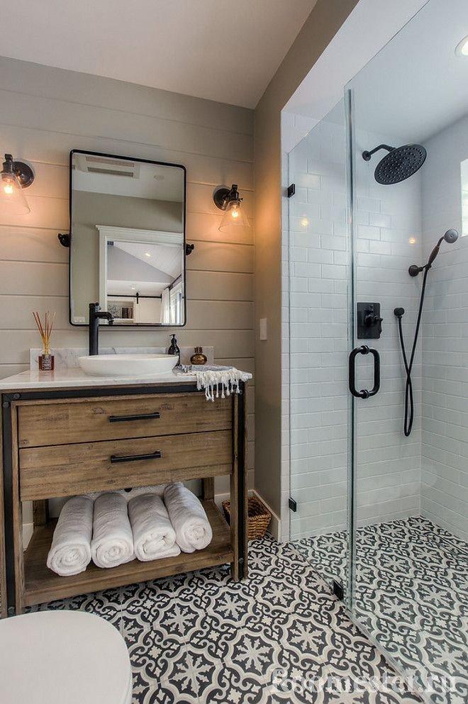 Душевая зона в ванной комнате