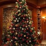 Большая новогодняя елка
